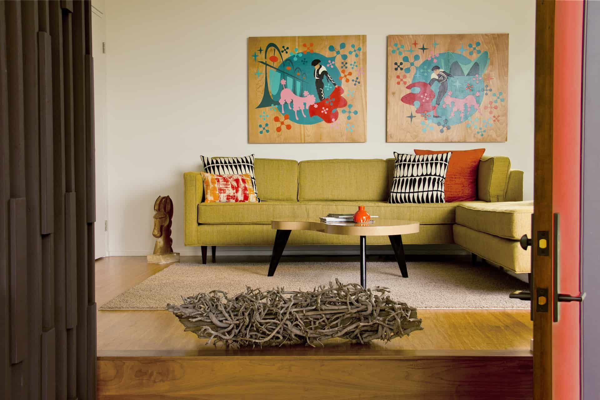 Redcliff_FamilyRoom