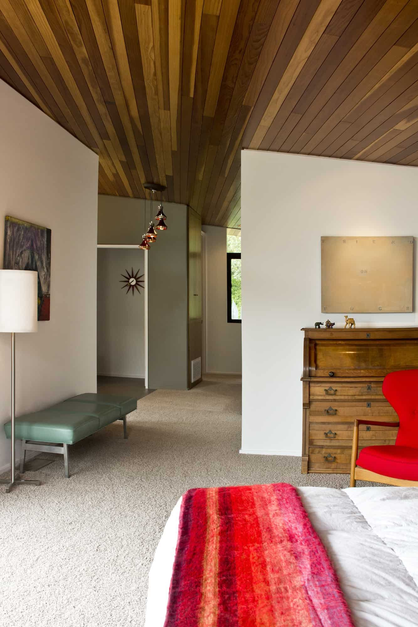 Redcliff_BedroomtoHall