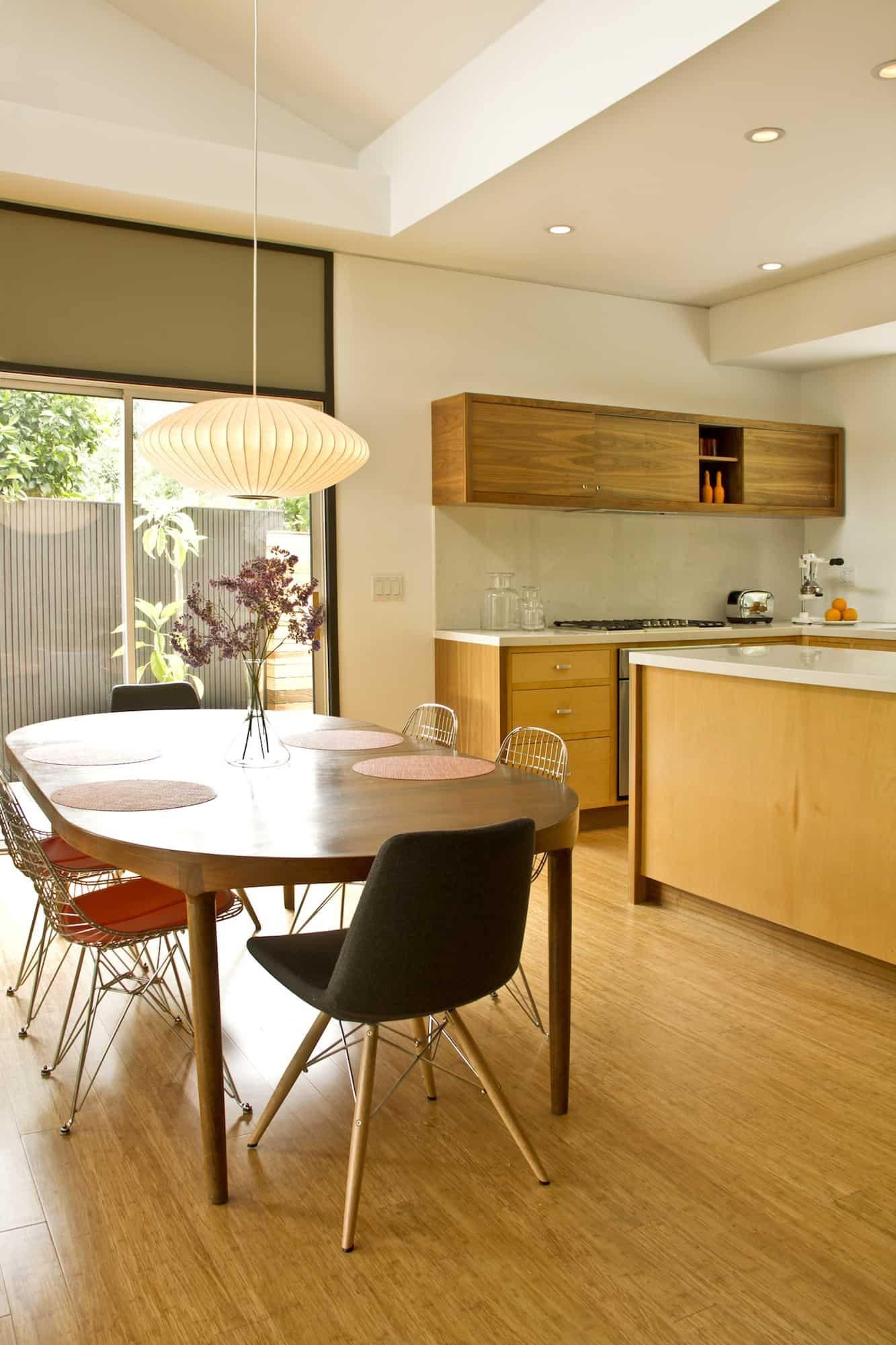 Redcliff_Kitchen